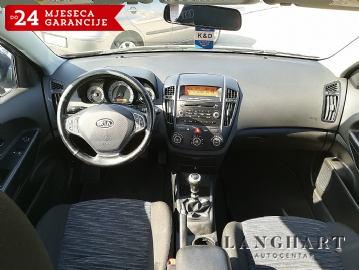 Kia Ceed 1.4 LX City,1vlasnik,Servisna,kupljen  HR.reg.do 11%2018;Garancija