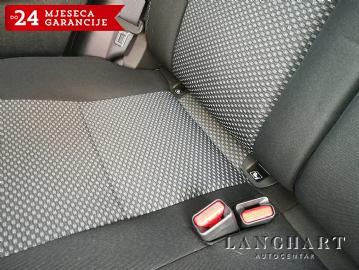 Suzuki Vitara 1.6 DDIS,Automatska-klima,NAVI,Alu,Kamera,1vlasnik,43.200km,Servisna.Tvornička Garancija do 10/2019