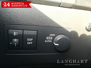 Kia Sorento 2.5 CRDi VGT EX,4x4,Automatik,kupljen u HR.Servisna,Kuka