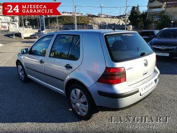 VW Golf IV 1.4 16V Edition,1.vl.,servisna,klima,110400 km,kupljen u HR